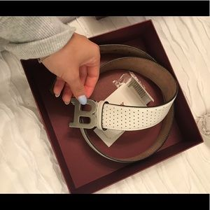 MENS BALLY BELT FITS WOMEN